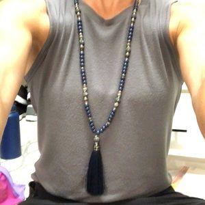 Stella and Dot trove tassel necklace